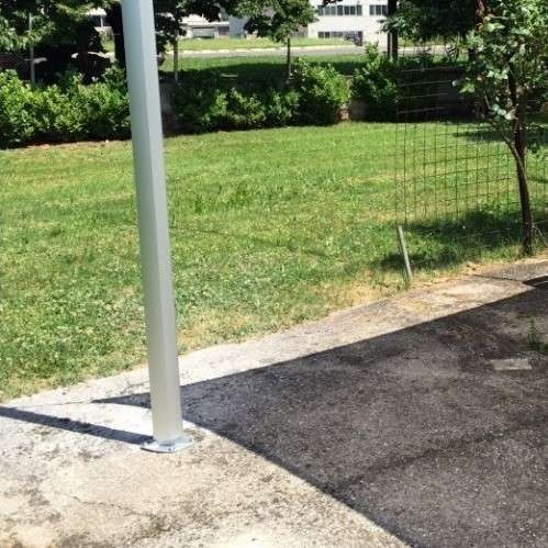 pali per vele ombreggianti superficie cemento armato